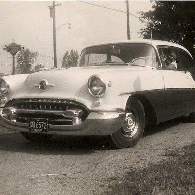 1955G01 Griffs 55 Olds
