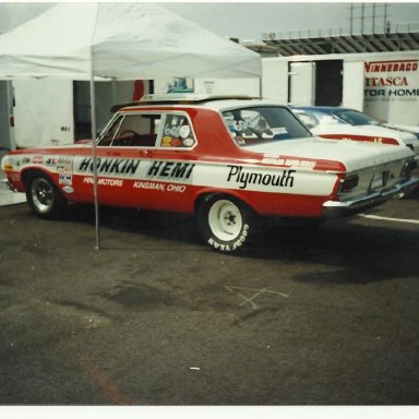 Picture of drag cars 100
