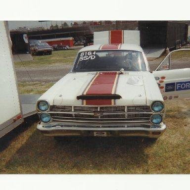 racing 083