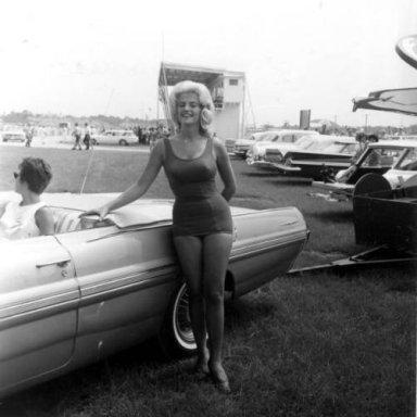 linda vaughn 1962