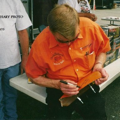 ARNIE BESWICK AUTOGRAPHS A PIECE OF THE TIGER