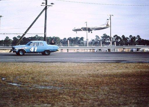 1963 Daytona 500 Hurtubise resized floridastockcars.jpg