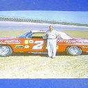 Larry L Eanes
